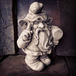 Small Image of Gnome with Hammer Stone