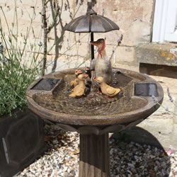 Small Image of Solar Powered Water Feature - Duck Family