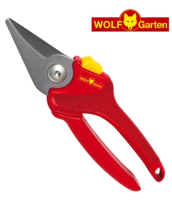 Image of Wolf Basic Plus Bypass Secateurs - RR1500