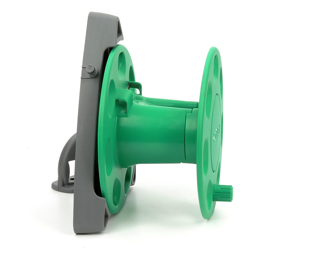 Hozelock Wall Mounted Reel with 30m Capacity - 2420 - £29.99