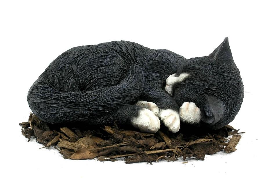 Black Cat Ornamental Statue