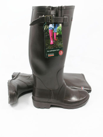 Chocolate Town & Country Premium Wellies - Spin Image